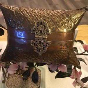 Antique brass copper billow purse